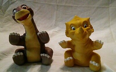 Vintage 1988 Pizza Hut Land Before Time Cera & Little Foot Rubber Hand Puppets