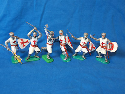 6 Timpo Crusaders, First Series, On Foot, Infantry, Toy Soldiers, 1/32 Scale