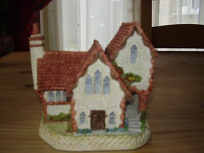 """David Winter British Traditions Cottage """" Staffordshire Cottage"""" From 1989 (VGC)"""