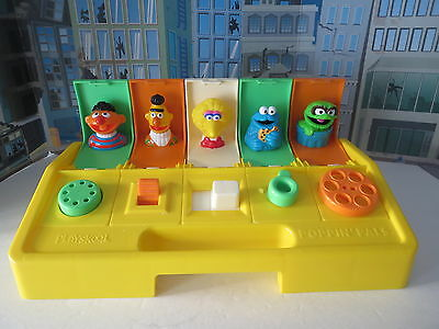 Playsckool Muppets Sesame Street Busy Popin Pals Henson Preschool Clean