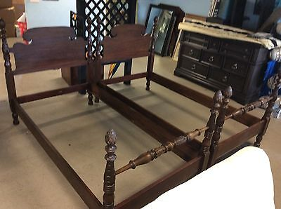 Antique Pair Hathaway Twin Pineapple Four Poster Beds