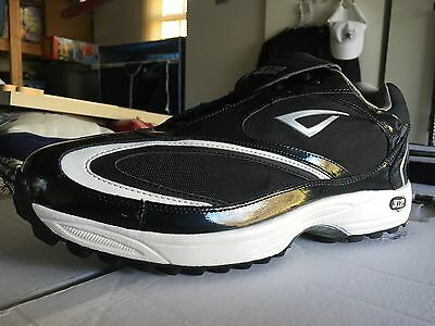 Brand New With Box 3n2 Patent Leather Turf/Grass Umpire Or Referee Shoes