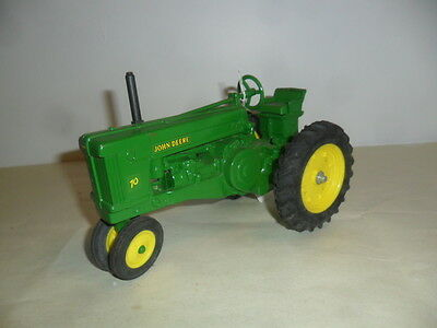 Ertl JOHN DEERE 70 Narrow Front Toy Tractor 1:16 Diecast Farm Toy