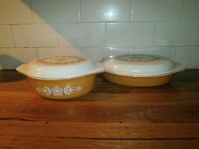 PYREX CASSEROLE & DIVIDED SERVING DISH ~ BUTTERFLY GOLD ~VINTAGE RETRO 1970's