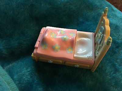 Fifi Plastic Toy Bed Also Next Clothes Listed