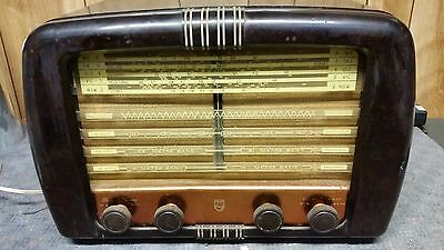 Vintage Philips Valve Radio