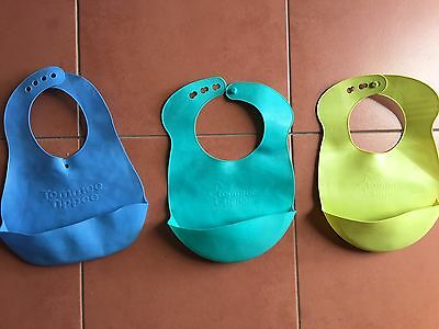 Tommee Tippee Catch All Scoop Bibs Three Green And Blue Great Condition
