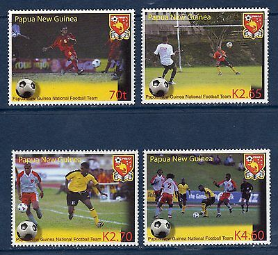 PAPOUASIE PAPUA NG 2004 Sport Football Yv 1008/1011  MNH **