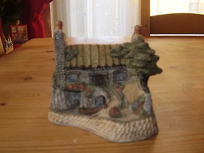 """David Winter Cottage """" The House On The Loch"""" 1988 (VGC)"""