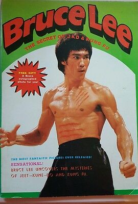 """Bruce Lee """"Secret of JKD & Kung Fu"""" RARE 1976 Magazine with Picture"""