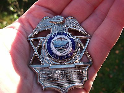 1980's OREGON SECURITY OFFICER CAP BADGE / USA AMERICAN BADGE US / OBSOLETE