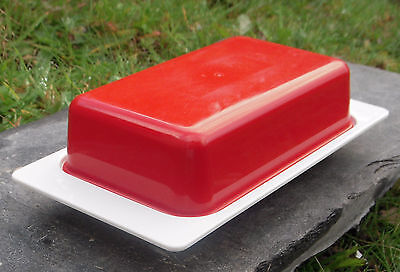A Vintage Antiference Plastic Red & White Butter/Cheese Dish Retro Made in U.K.