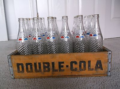 Double Cola Wooden Soda Bottle Crate 1982 Chattanooga with 24 bottles