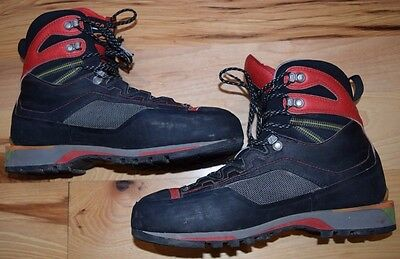 Scarpa Size 9, EU 42 Rebel GXT Carbon Mountaineering Boot