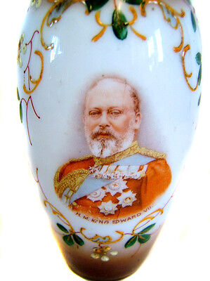 1902 Souvenir Hand Painted Vase Coronation of King Edward VII The Peacemaker