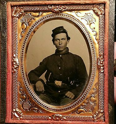 civil war tintype ninth plate of double armed young soldier - minty condition