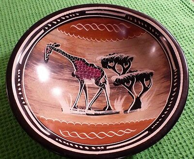 African Hand Carved Bowl (Soapstone?). Giraffe. 15cm diameter. Beautiful Colours
