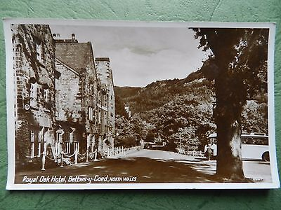 Vintage Real Photo Postcard - Royal Oak Hotel , Bettws-Y-Coed , North Wales