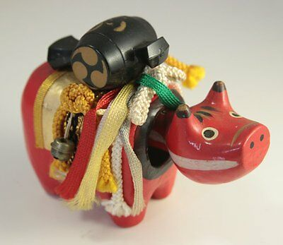 Vintage Japanese Red Nodding Cow Akabeko Folk Art Laden