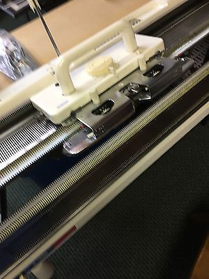 Silver Reed Knitting Machine     Model SK830 with FRP-70 Ribber with SilverKnit