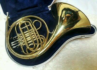 C.G. CONN Brass FRENCH HORN Musical Instrument with Hard Case Mouth Piece 420504