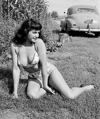 Bettie Page Classic Beauty 8x10 Sexy Photo #35 Pin up