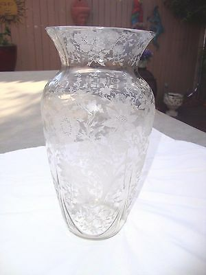 Cambridge Wildflower Vase 10 1/2""