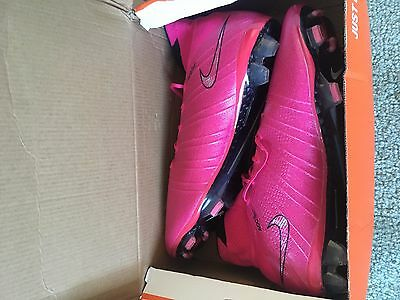 Nike  Mercurial soccer boots size US10
