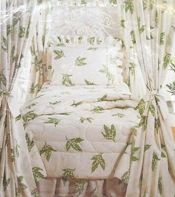 Wamsutta Christian Dior Ultracale Dior Lily of the Valley Double Flat Sheet