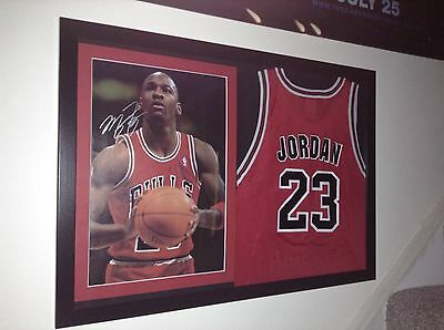 Michael Jordan Signed With Coa vgc