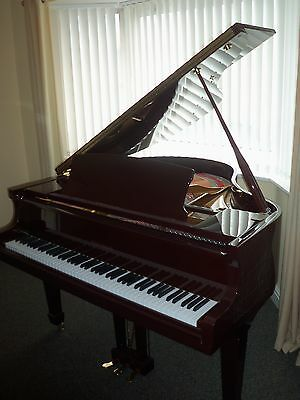 STEINBACH POLISHED DARK MAHOGANY  Baby Grand Piano