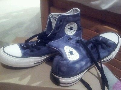 Converse Limited Edition size 3.5