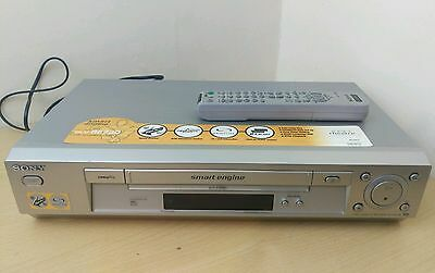 SONY SLV - SE730 Video Player/Recorder VHS Smart Engine Remote hi-fi stereo vcr