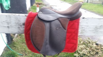 """16 1/2"""" Brown synthetic saddle"""