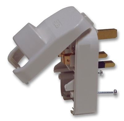 POWERCONNECTIONS - European Schuko to UK Converter Plug, 13A, White (Grounded)