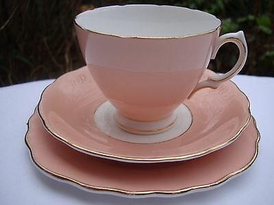 Vintage Colclough Tea Set Trio Of Tea Cup, Saucer & Side Plate In Salmon Pink