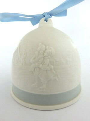 Lladro Collectors Society Bell With Christmas Decoration 1994