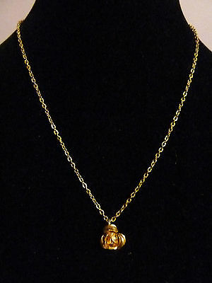 Vintage gold tone Costume Necklace Jewellery small rose flower pendant
