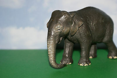 Elephant Female Asian from Wild Life Series by Schleich 2004 Retired