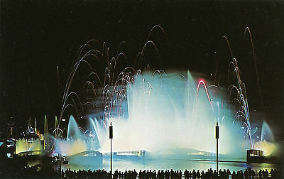 """New York Worlds Fair 1964 """"fountain Of Planets"""" Postcard"""