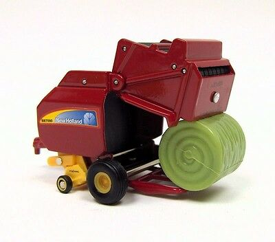 New Holland Agriculture Br7090 Round Baler And Bales Diecast Ertl Scale 1/64