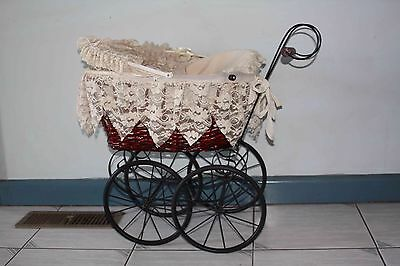 Cane / wicker pram for dolls / toddlers