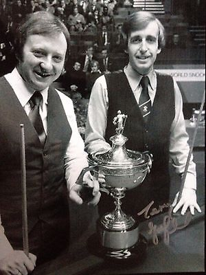 Terry Griffiths  - Former World Snooker Champion  - Superb Signed Photograph