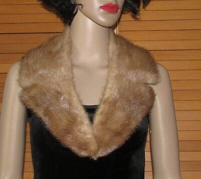 Beautiful Pastel Notched Mink Fur Collar