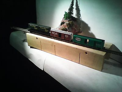 3 n gauge freight cars new with kadee couplings