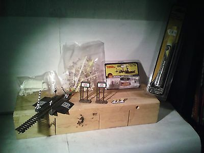 n gauge selection of u.s accessories