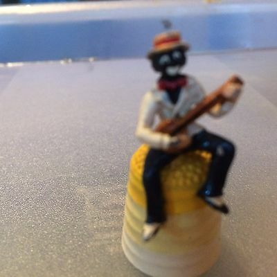 thimble collecttors club tcc cavalace of clowns pewter handpainted Minstrel Man