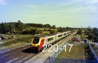Original 35mm colour slide of 221118 at Charlton wiith a Plymouth train (220-17)