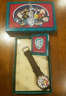 Rare new in box Warner Brothers Looney Tunes watch and case