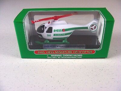 HESS TRUCK  2005 Miniature Helicopter  MINT IN BOX  Nice, Clean & complete  mm